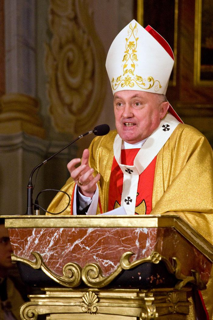 Msza Święta pod przewodnictwem Metropolity warszawskiego Arcybiskupa Kazimierza Nycza w Kościele akademicki św. Anny.